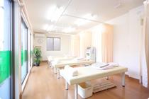 解放感あふれる院内でゆったり治療に専念のイメージ